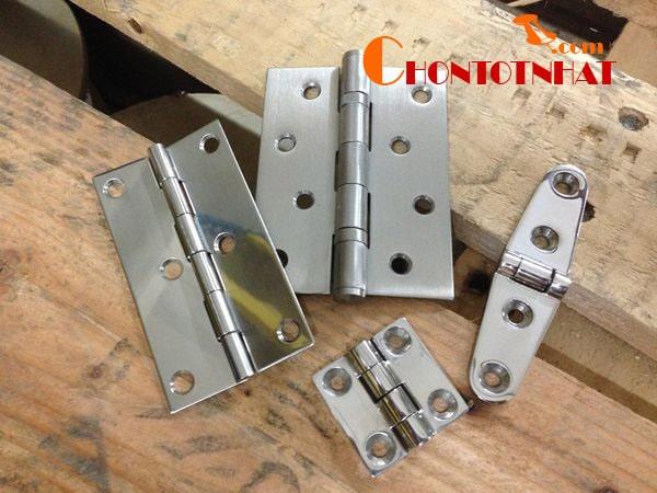 Bản lề cửa là một trong những loại dụng cụ kỹ thuật rất phổ biến trên thị trường hiện nay