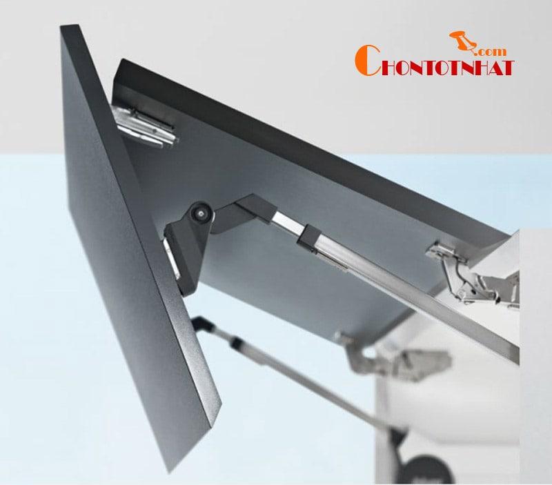 Tay nâng Blum HF là phụ kiện thích hợp với các loại tủ có chiều rộng 180cm và chiều cao từ 48 - 104cm