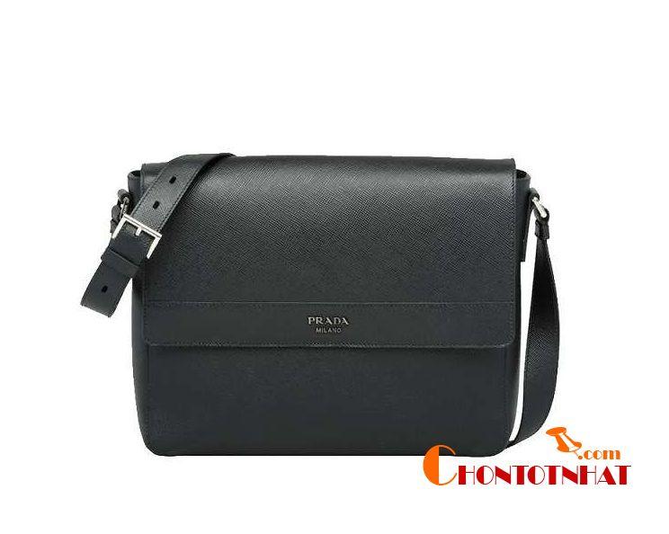 Mẫu túi nam hàng hiệu Prada Saffiano Leather Shoulder được yêu thích
