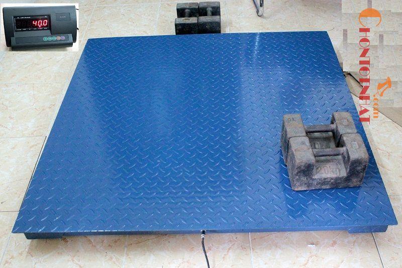 Cân sàn là thiết bị không thể thiếu ở các nhà xưởng