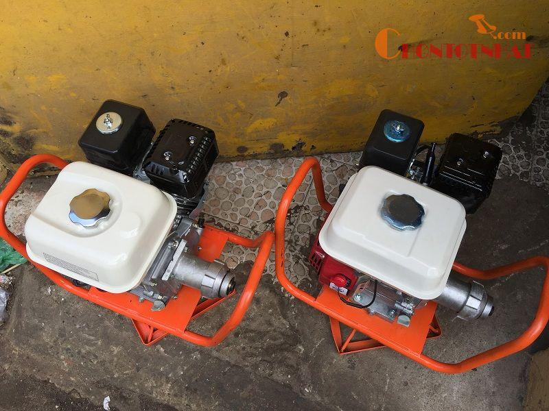Máy đầm dùi cho bê tông của Vikyno 5,5 HP chạy xăng